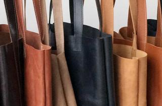 tassen-aan-stok-staand