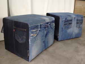 set van unieke poefen van eigen jeans