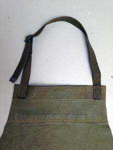 detail-schort gewaxed legertent-legerriem nekband