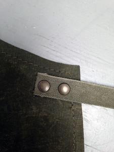 detail-striklint legerband-schort legertent